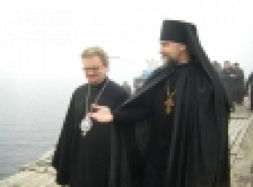 Епископ Выборгский и Приозерский Игнатий прибыл на Коневец
