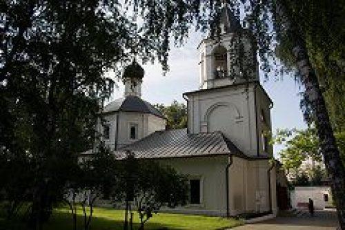 Торжества по случаю престольного праздника Ризоположенского храма в Леонове возглавил епископ Подольский Тихон