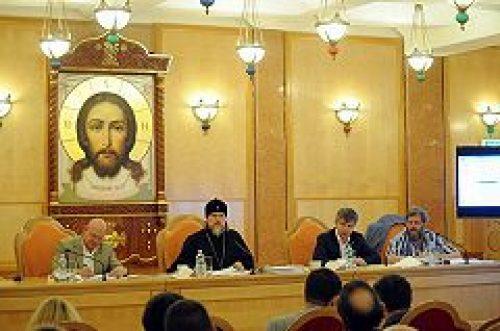 Архиепископ Егорьевский Марк: Мы не должны забывать о важной стороне процесса подготовки к строительству храмов — об информировании москвичей