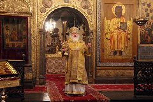 В день памяти святителей Московских митрополит Истринский Арсений совершил Литургию в Успенском соборе Московского Кремля