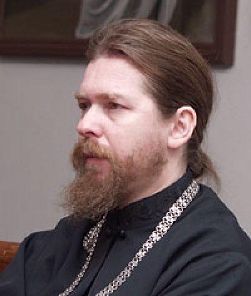 Архимандрит Тихон (Шевкунов): «Сила Божия и молитвы новомучеников ведут и спасают Россию…» / Православие.Ru